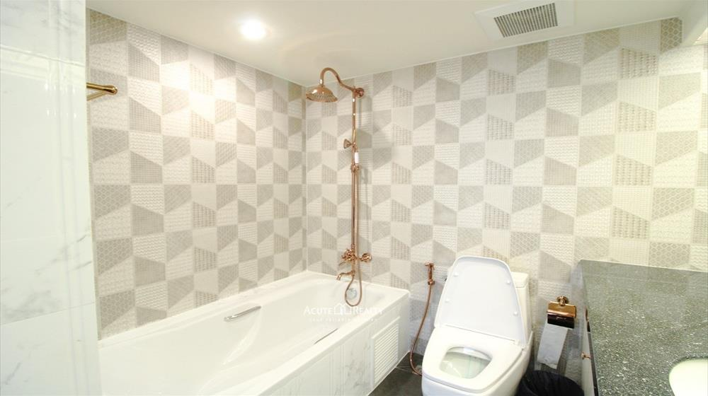 Condominium  for rent Las Colinas Asoke image15