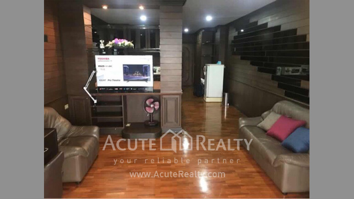 Condominium  for sale Hillside Plaza & Condotel 4 Chang Puak. image1