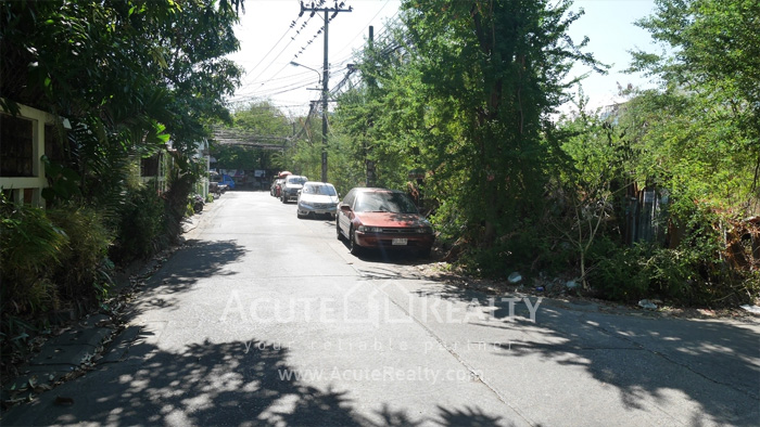 Land  for sale Lad Phrao Rd. image6