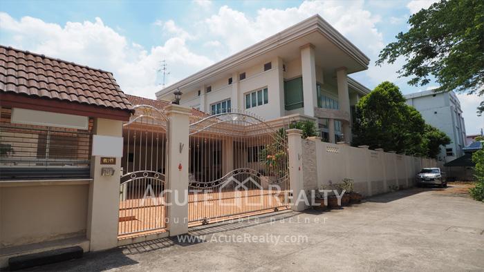 บ้าน  ขาย เอกมัย-รามอินทรา ประดิษฐ์มนูธรรม รูป0