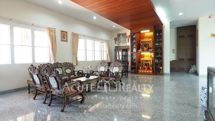 House  for sale Ekkamai-Ramindra, Pradit Manutham image2