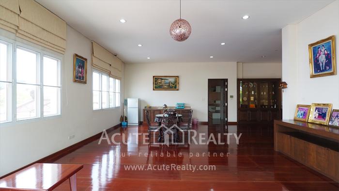 House  for sale Ekkamai-Ramindra, Pradit Manutham image3