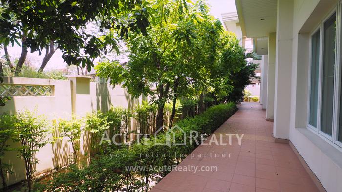 House  for sale Ekkamai-Ramindra, Pradit Manutham image19