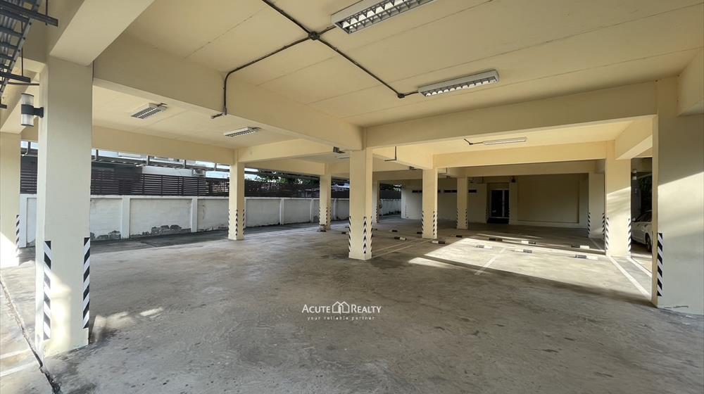 House, Home Office  for sale Sukhumvit 101 image12