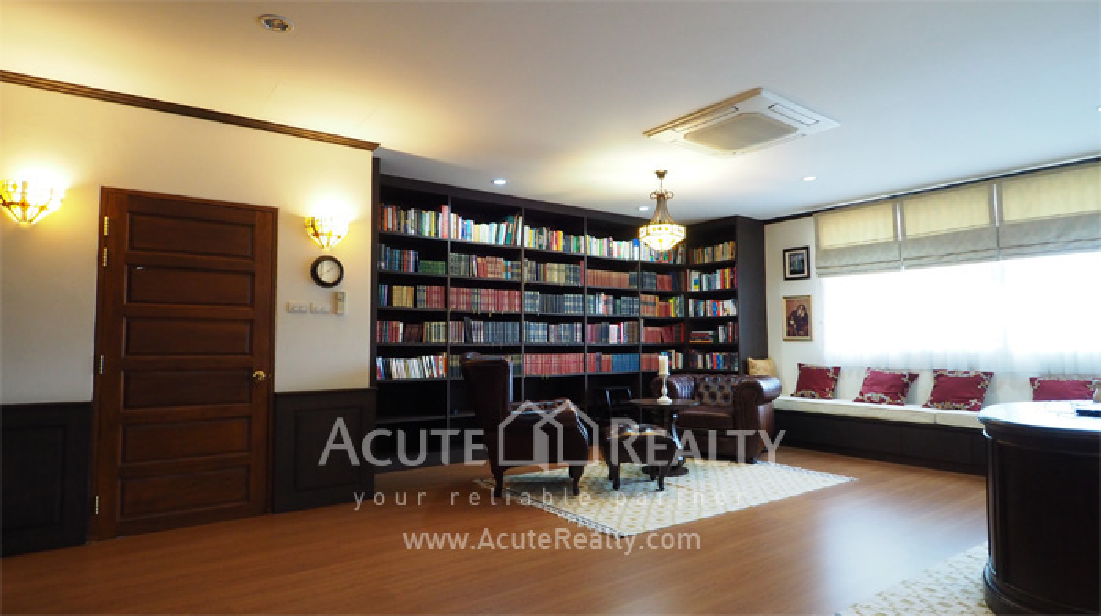 House, Home Office  for sale Sukhumvit 101 image14
