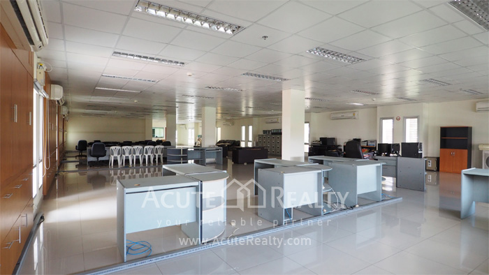 Office Space, Office Building, Showroom  for sale Sukhumvit 101 image2