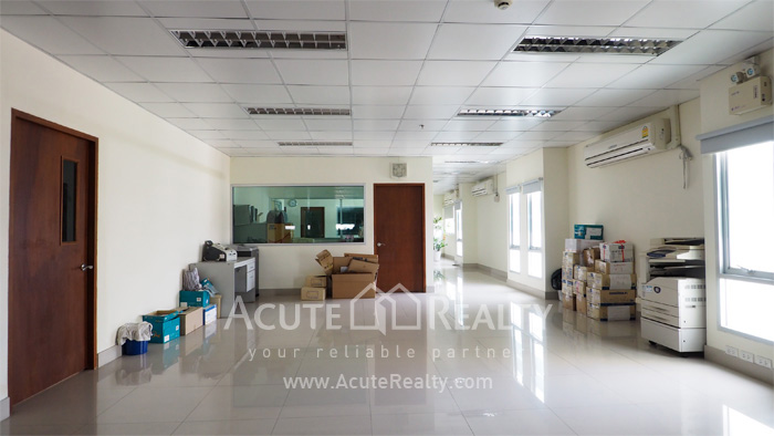 Office Space, Office Building, Showroom  for sale Sukhumvit 101 image5