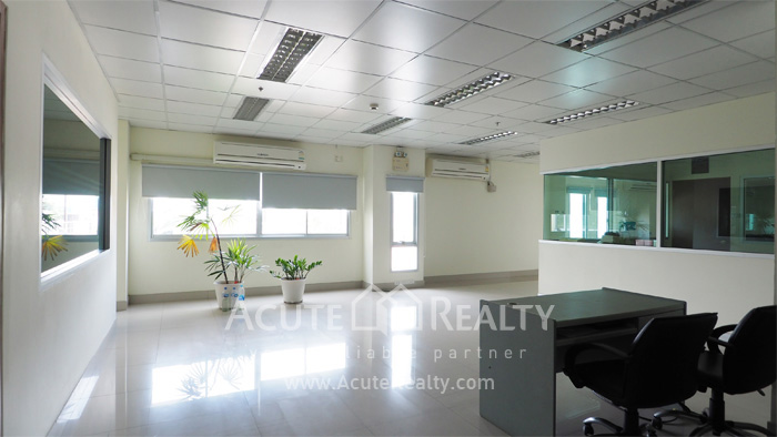 Office Space, Office Building, Showroom  for sale Sukhumvit 101 image6