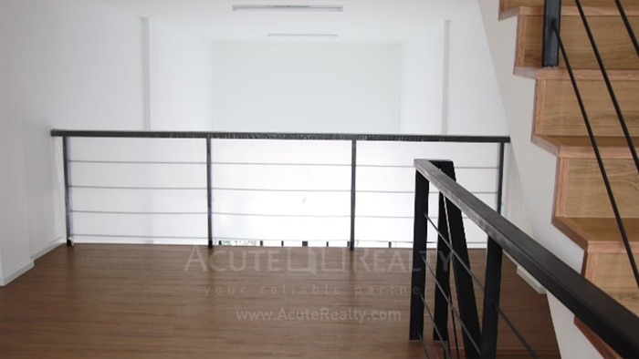Shophouse  for sale & for rent Huay Kaew Road image4
