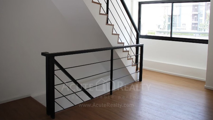 Shophouse  for sale & for rent Huay Kaew Road image5