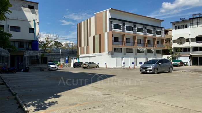 Shophouse  for sale & for rent Huay Kaew Road image6
