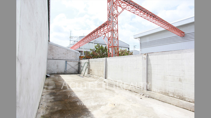 Shophouse, Home Office, Warehouse  for sale Iyara Rd. Khlong Luang image13