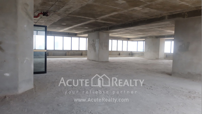 Office Space  for sale & for rent Surawong image2