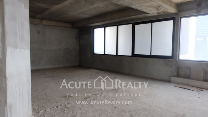 Office Space  for sale & for rent Surawong image3
