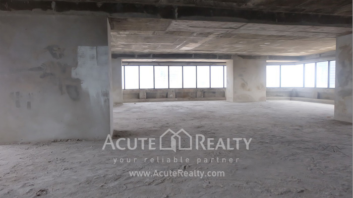 Office Space  for sale & for rent Surawong image5