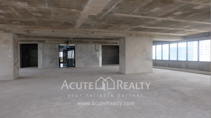 Office Space  for sale & for rent Surawong image10