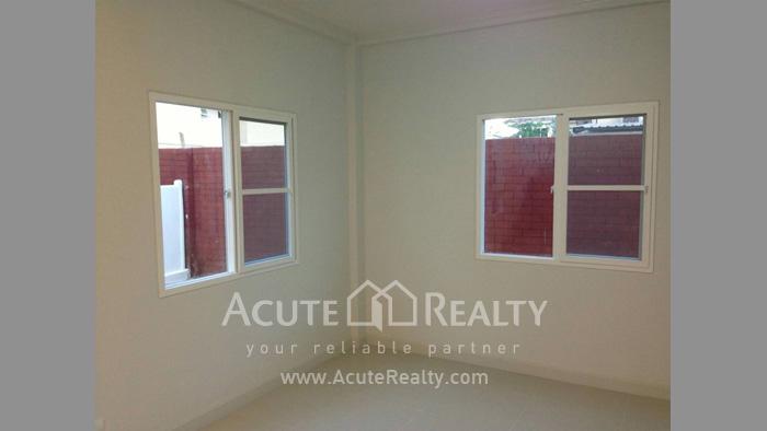 房屋  for sale Tha Sala image8