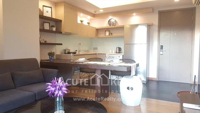 condominium-for-rent-via-botani-