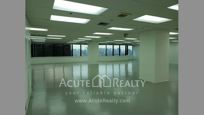 Office Space  for sale & for rent Petchaburi Road image0