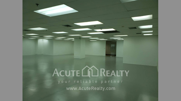 Office Space  for sale & for rent Petchaburi Road image2