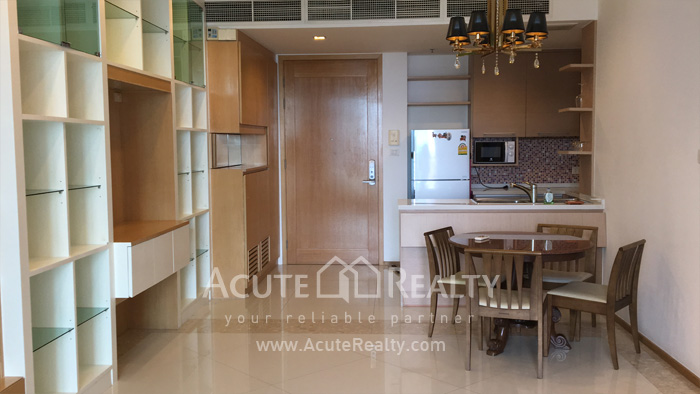 Condominium  for sale & for rent The Empire Place  Sathorn - Narathiwat (BTS Chong Nonsi) image2