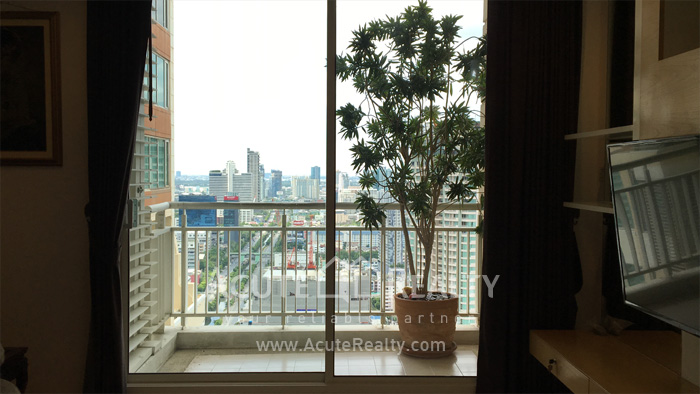 Condominium  for sale & for rent The Empire Place  Sathorn - Narathiwat (BTS Chong Nonsi) image11