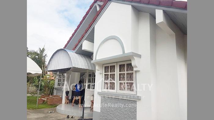 House  for sale Old Sankamphaeng Road image1