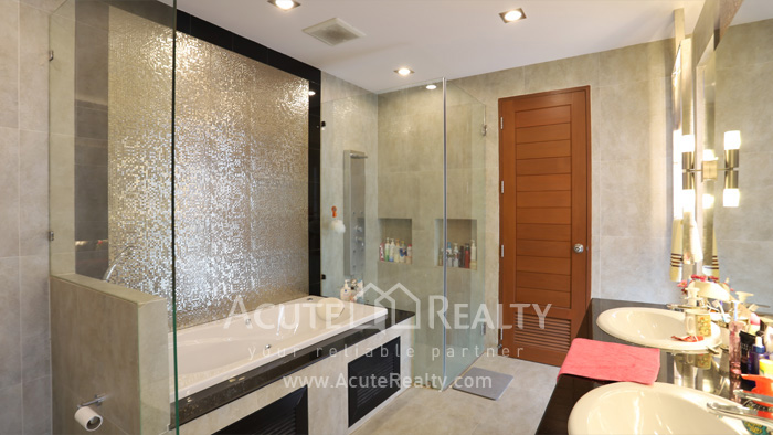 House  for sale Tiwanon road image7