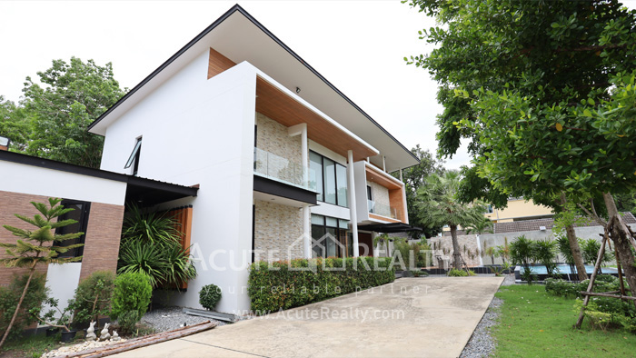 House  for sale Tiwanon road image8
