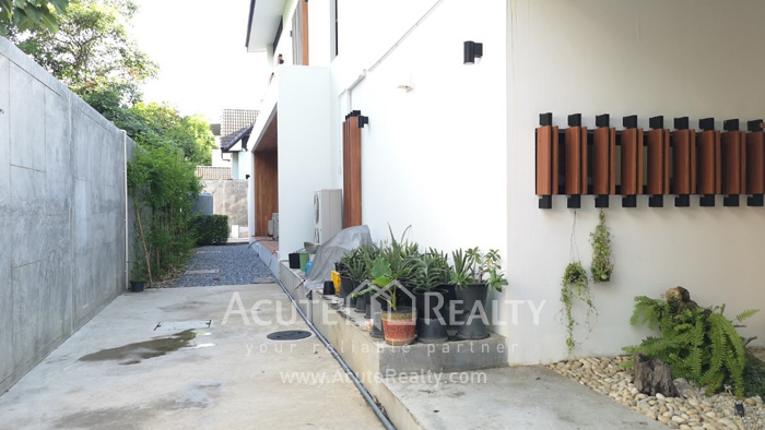 House  for sale Tiwanon road image10