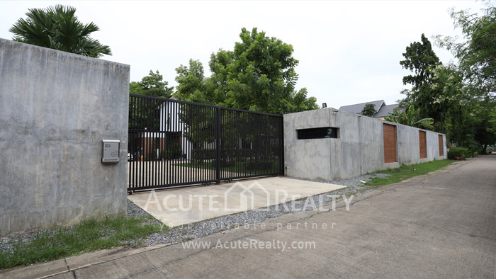 House  for sale Tiwanon road image15