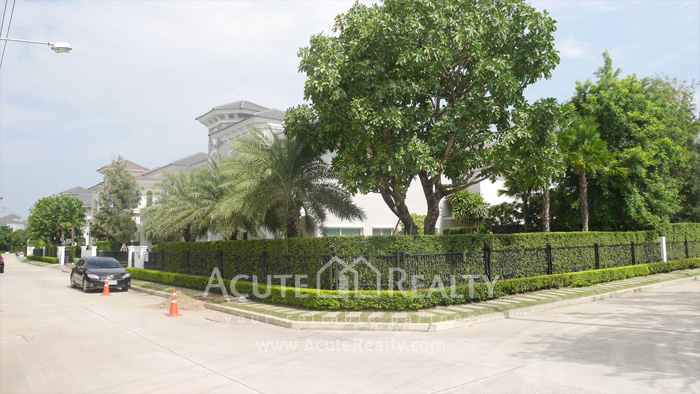 House  for sale Bangna-Trad Rd. image38