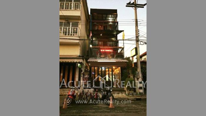 店屋  for sale Phra Sing image8