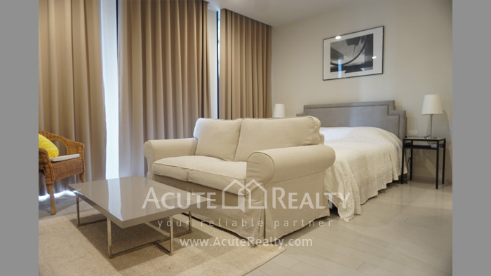 Condominium  for rent Noble Ploenchit Ploenchit image0