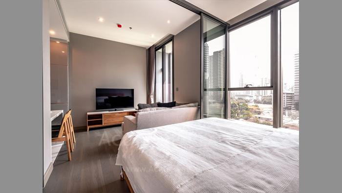 condominium-for-sale-the-esse-at-singha-complex