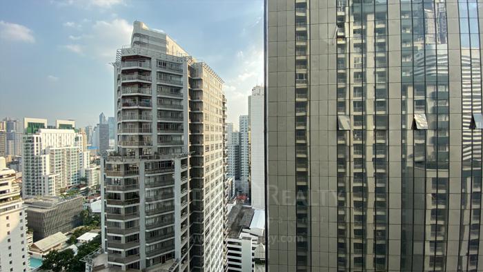 condominium-for-sale-asoke-place
