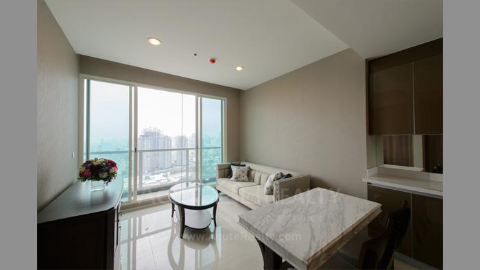 condominium-for-sale-for-rent-menam-residences