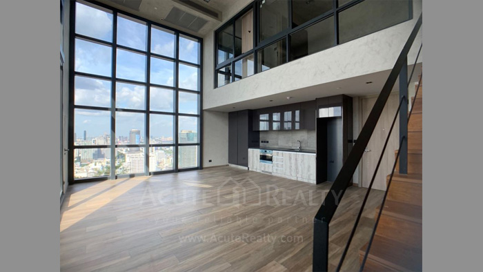 condominium-for-sale-the-lofts-asoke