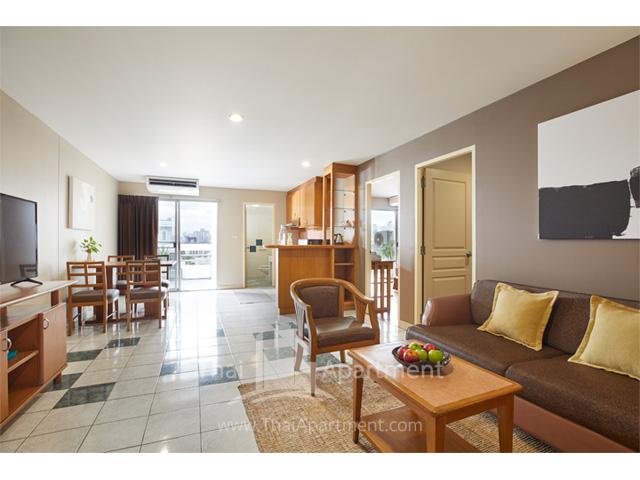 BU Place Hotel image 5