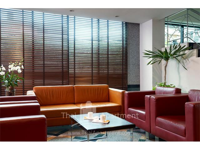 BU Place Hotel image 24