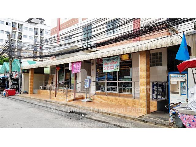 Ban Phenprasert Apartment image 8