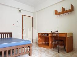 Ban Phenprasert Apartment image 1
