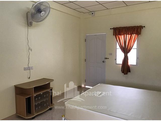 Kannarin Apartment image 4
