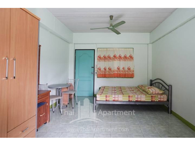 CS Apartment image 4