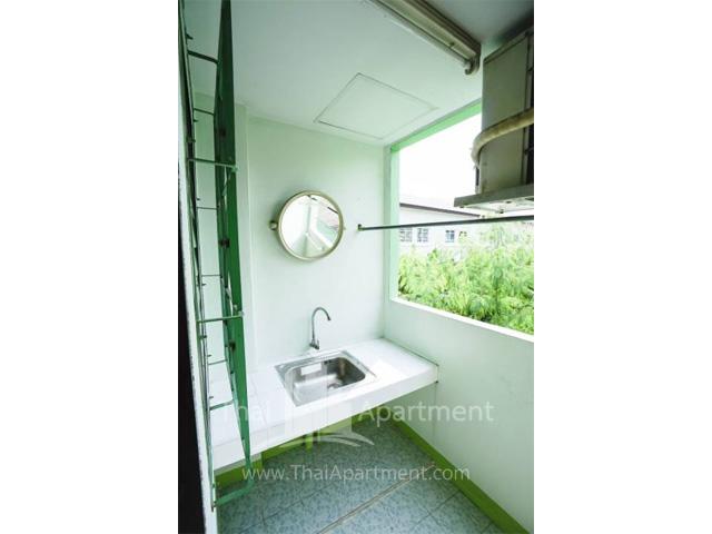 CS Apartment image 5