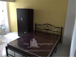 44 Place Apartment image 2