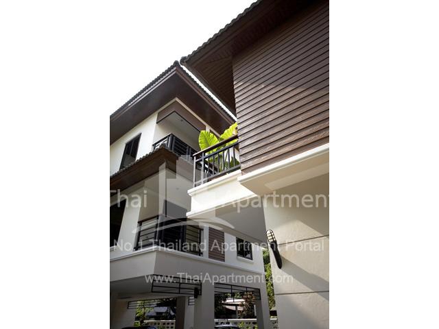 Ravipha Residences (Soi Phahonyothin 5) image 2