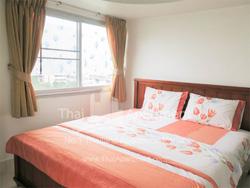 Tulip Apartment image 6