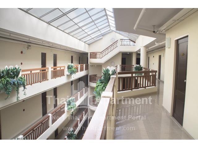KV Mansion (Sukhumvit 81) image 2