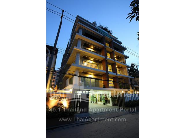 Rung Aroon Mansion image 1